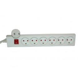 230 Volts strømskinne med 6 udtag og afbryder.