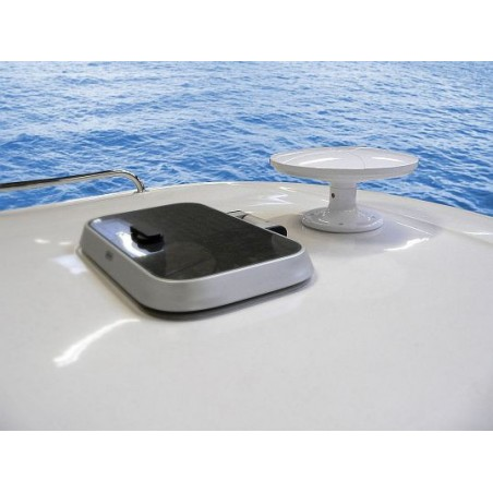 Maximum MDA-110 DVB-T/T2 antenne til båd, lastbil, campingvogn og bus - modtager digitalt TV,FM og DAB+.