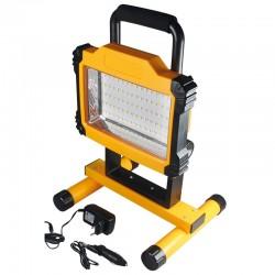 Kraftig LED arbejdslampe / byggeprojektør til håndværkeren og hobbymanden. Ladeadapter og 12 V ladestik medfølger. Kan lades i b